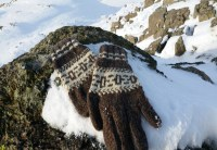Botiya Hand Knitted Wool Gloves
